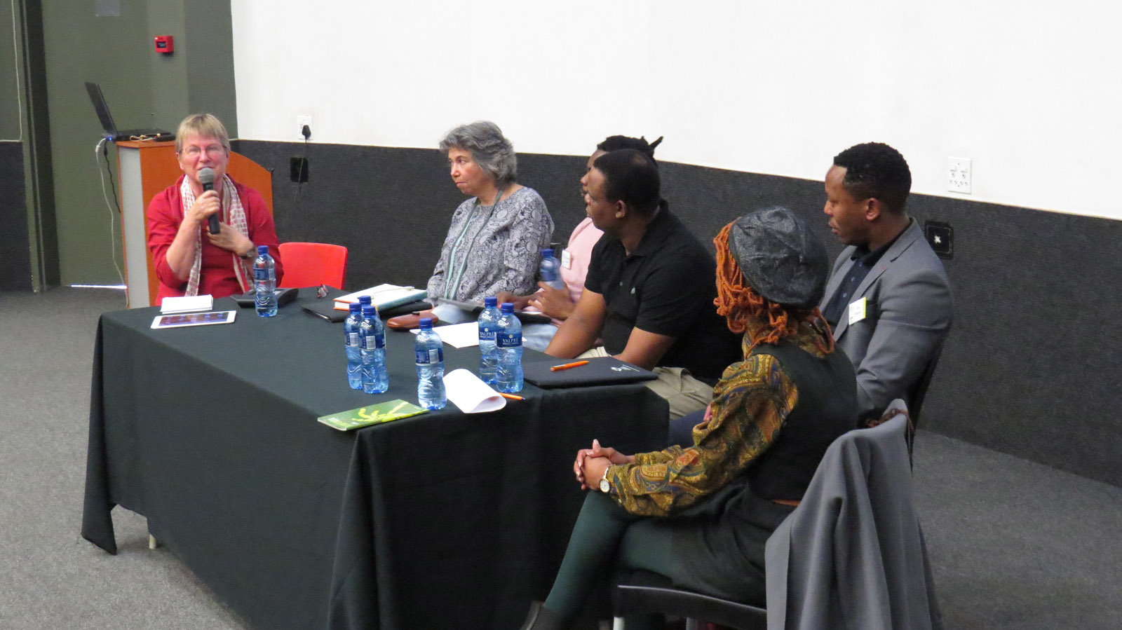 Click the image for a view of: Isabel Hofmeyr chairing the roundtable: South African book arts as a democratic force. Sunday 26 March